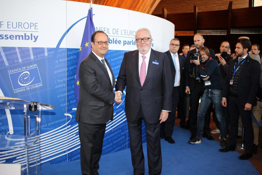 Francois Hollande – wird der Präsident nochmals kandidieren?