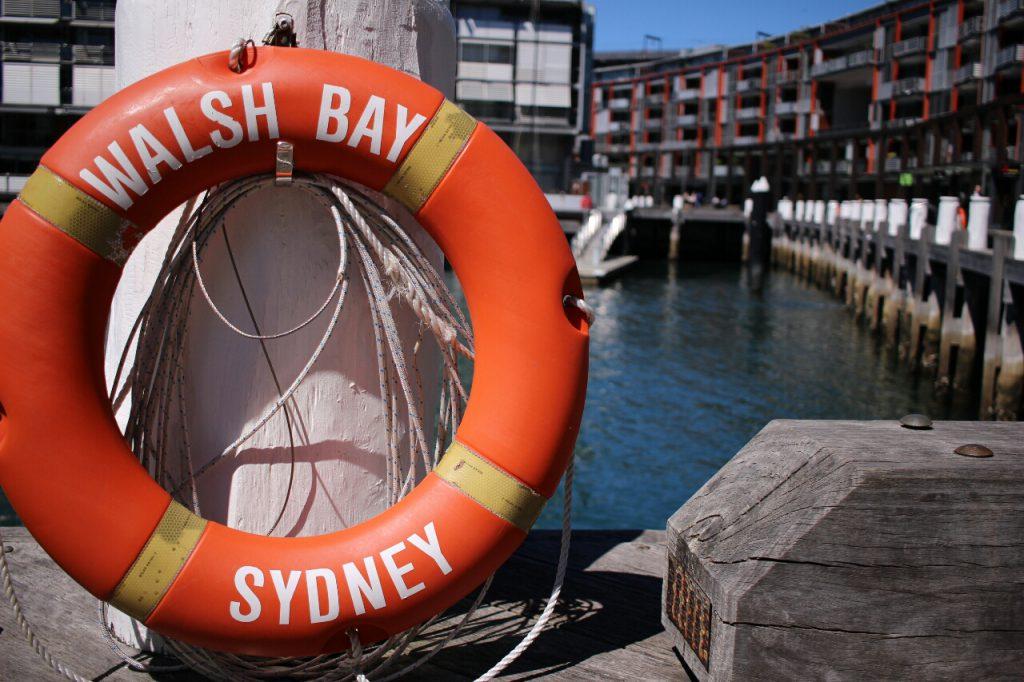 In der Walsh Bay, dem ehemaligen Hafenviertel, das nun schick renoviert ist.