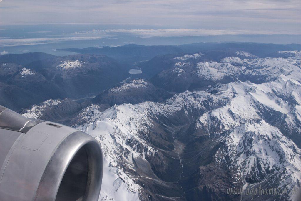 Schon der Landeanflug auf Queenstown wird zum Spektakel, wenn man über die neuseeländischen Alpen gleitet.