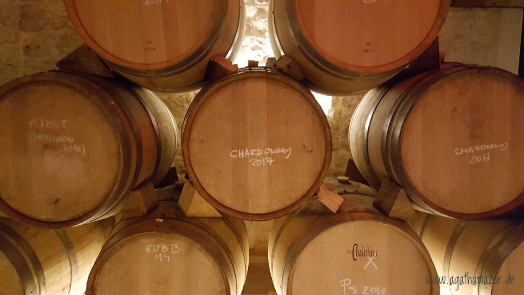 Blick in den Weinkeller des Guts Bibich in Plastovo