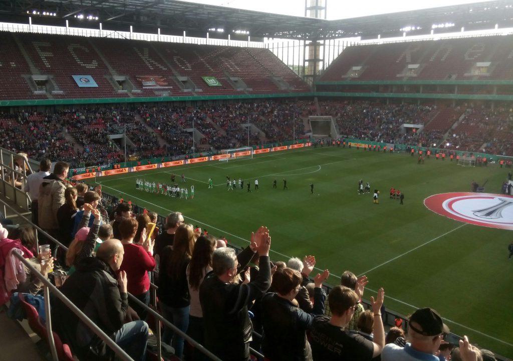 DFB-Pokalfinale in Köln: Jetzt kicken die Frauen